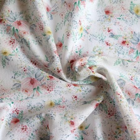 Tissu coton biologique texturé imprimé fleuri aquarelle