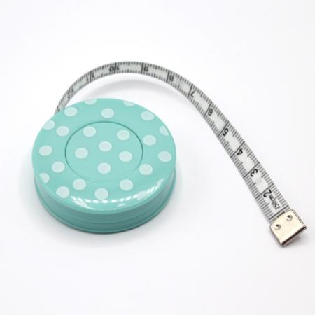 Mètre enrouleur automatique à pois 150cm ruban mint