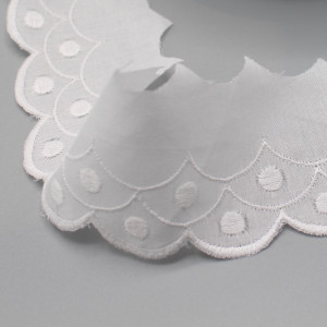 Galon coton broderie anglaise brodé 45mm x 1m