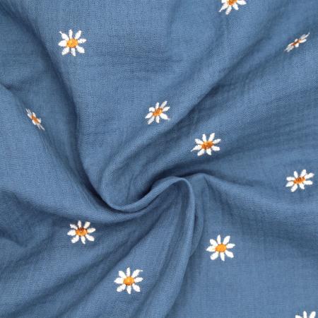 Double gaze de coton jean à broderie pâquerettes