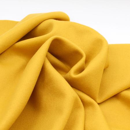 Upcycling / exclu Les enfantines: laine bouillie moutarde